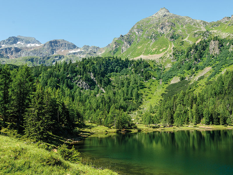 Hike to the Duisitzkarsee in Obertal